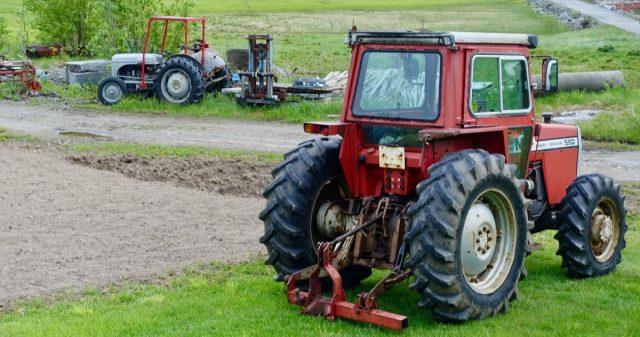 To traktorer
