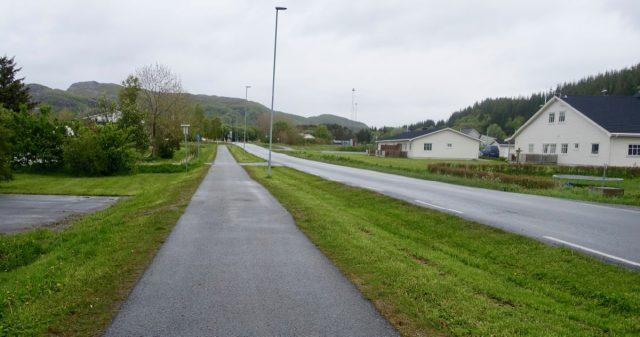 Øde vei i Dønna sentrum