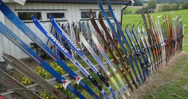 Skigard av ski i Enebakk
