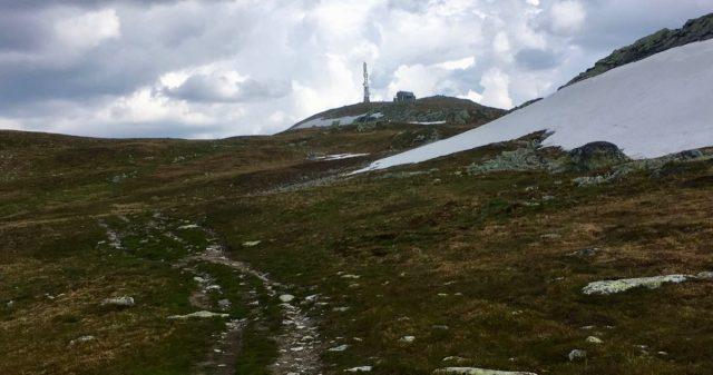 Utsikt mot Spåtind fra Etnedal
