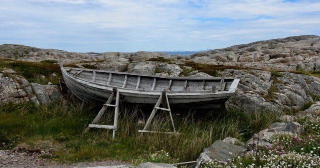 Båt på land i fedje