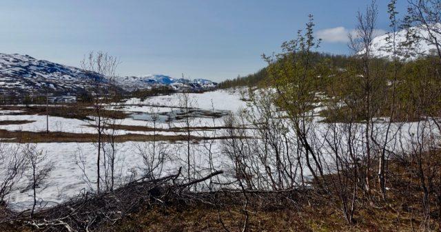 Mye snø i fjellet i Gratangen