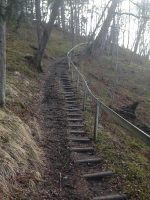 trapp i stien fra Horg bygdetun