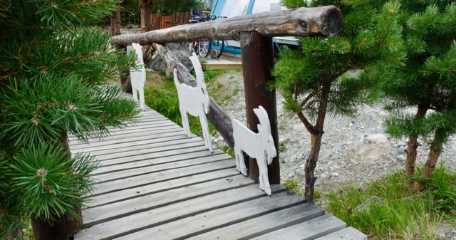 Utsmykning i Dønfoss camping