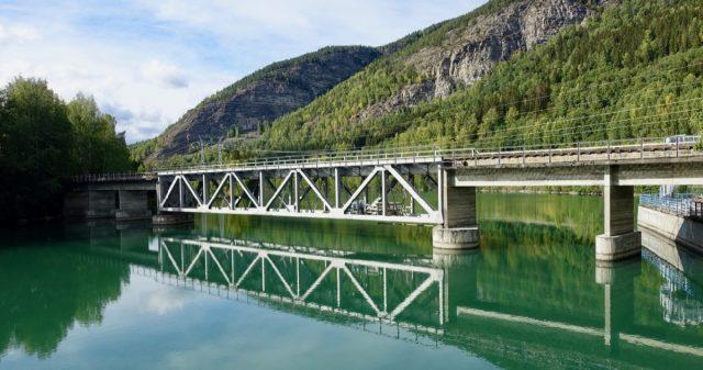 Kraftverket i Harpefoss, Sør Fron