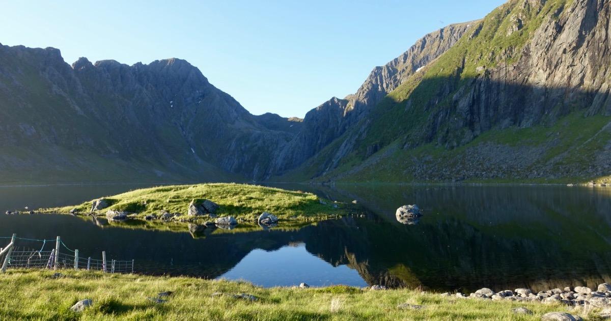 Heimerdalsvatnet i Eggum Naturreservat i Vestvågøy